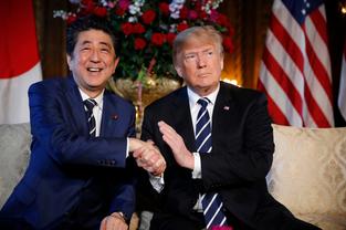 일본 아베 수상을 불사조로 만들고 있는 '가케(加計) 스캔들'