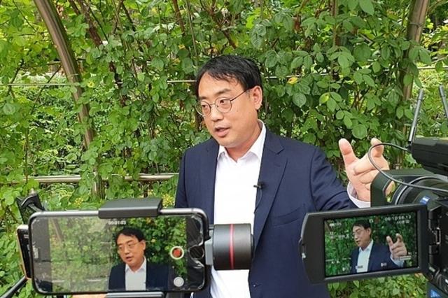 """변희재 """"2012년 하반기 태블릿 요금 납부자가 실제 주인""""...사실조회신청"""