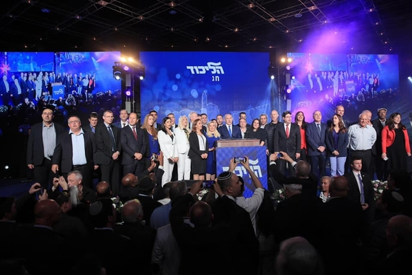 ▲ 이스라엘 보수성향 집권당인 리쿠드당은 지난 4월 9일 열린 총선에서 26.27%를 득표해, 25.95%를 득표한 연합 청백당을 눌렀다. 사진 출처는 베냐민 네타냐후 페이스북.(사진 촬영 : 쉐런 레비보 Sharon Revivo)