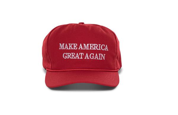 ▲ 한국인들과 탈북자들은 'MAGA(Make America Great Again, 미국을 다시 위대하게)'가 적힌 모자를 썼다는 이유로 이들에게 조롱당했다.